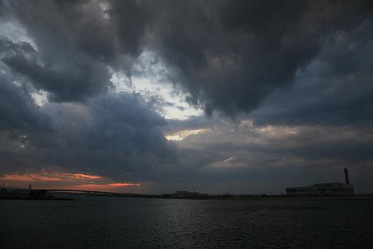 瞬間の夕日.jpg